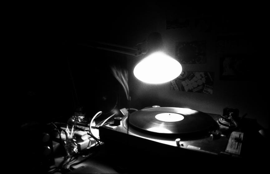 turntable_bw.jpg